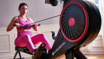 Live-Fitness-Class-Smart-Rower