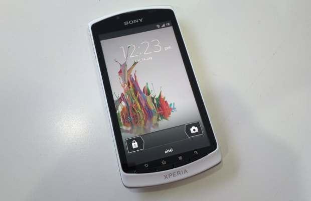 Sony Xperia Neo L vs HTC Desire X