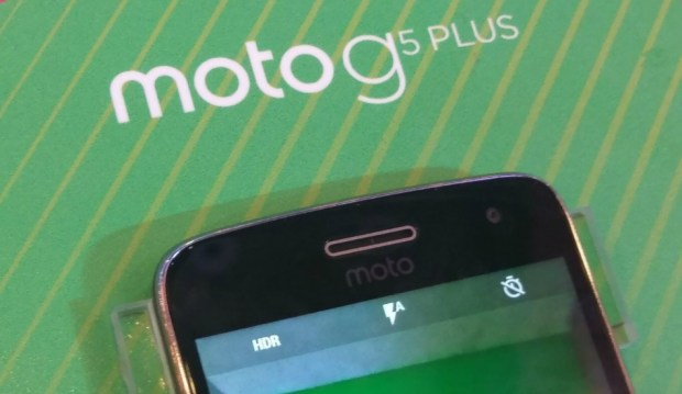 Moto G5 Plus front view