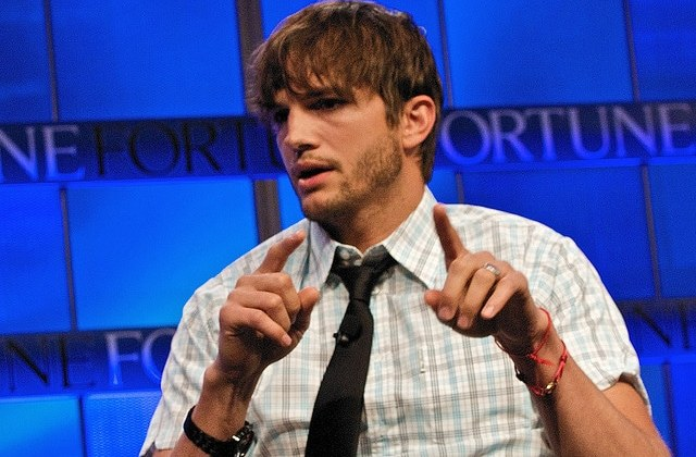Watch The Ashton Kutcher Teen Choice Awards 2013 Speech