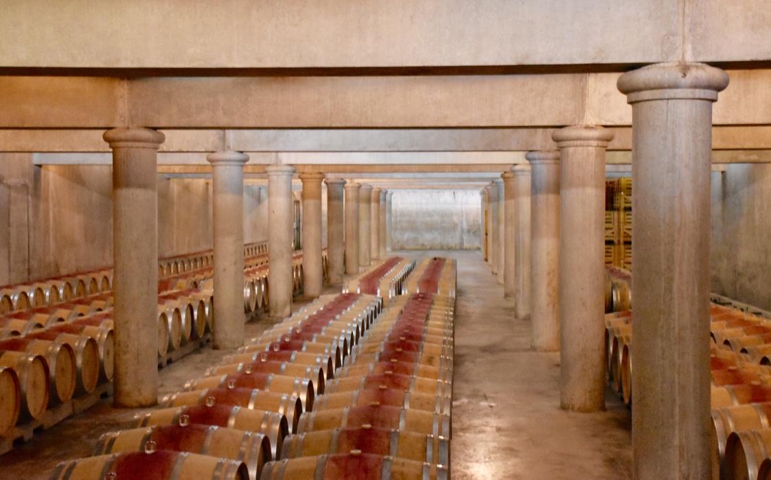 chateau-loudenne-barrel-cellar