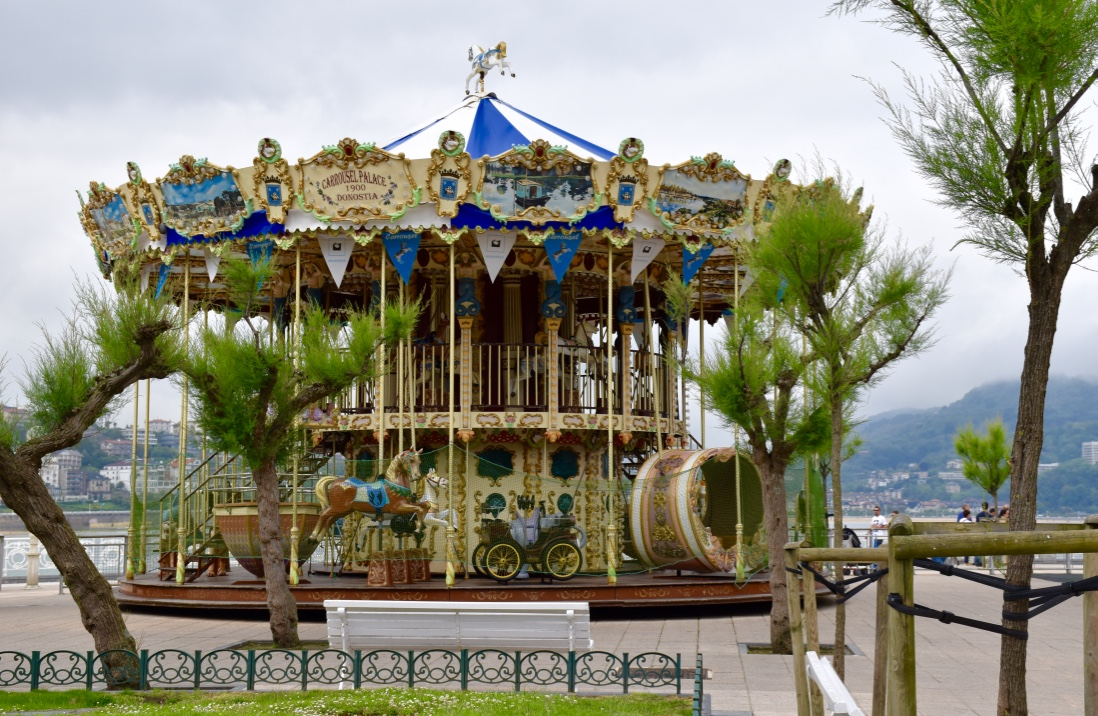 concha-bay-carousel