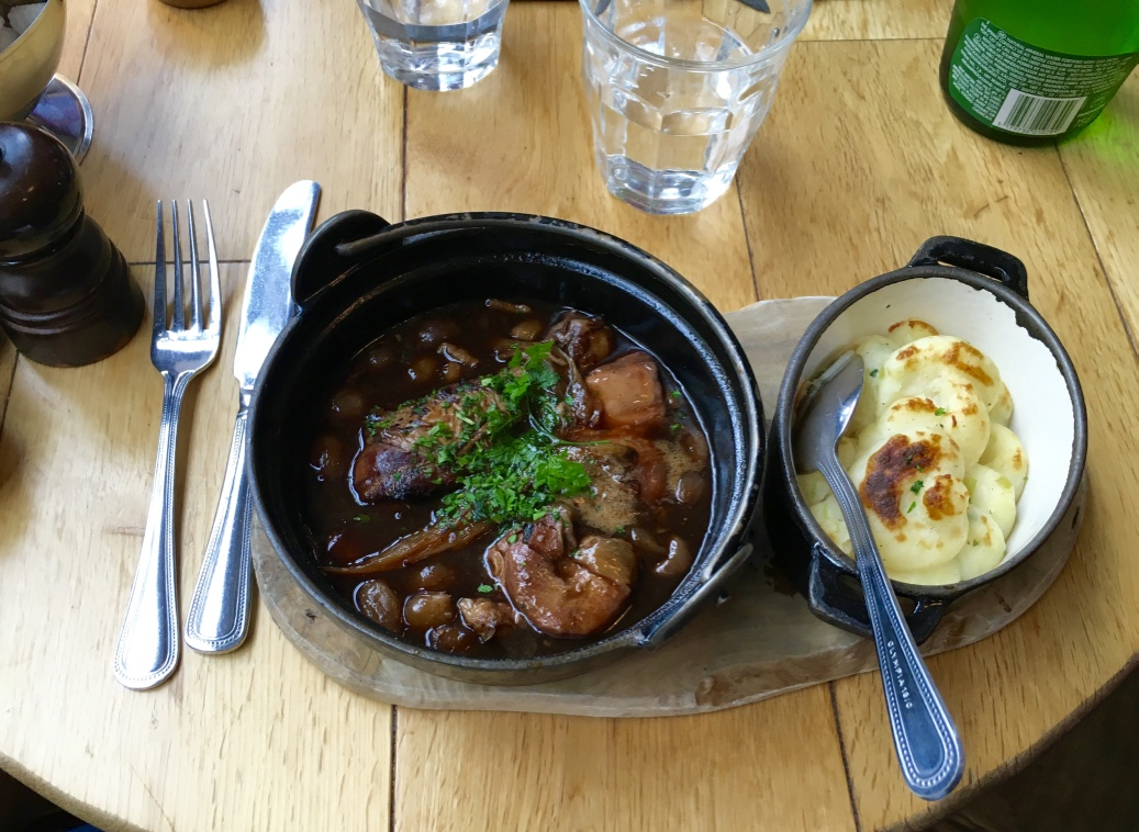 A warm and hearty lunch of coq au vin and mashed potatoes at Le Petit Cafe in Saint Peter Port!