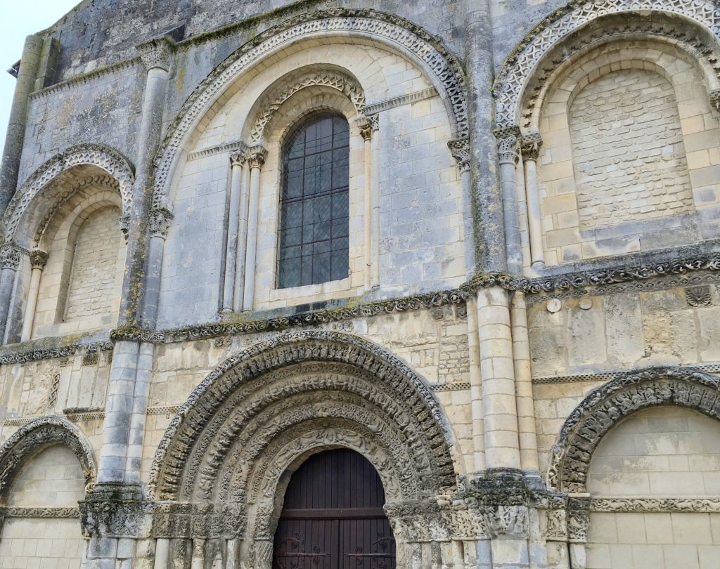 The portal and front façade of Abbaye aux Dames in Saintes, France.