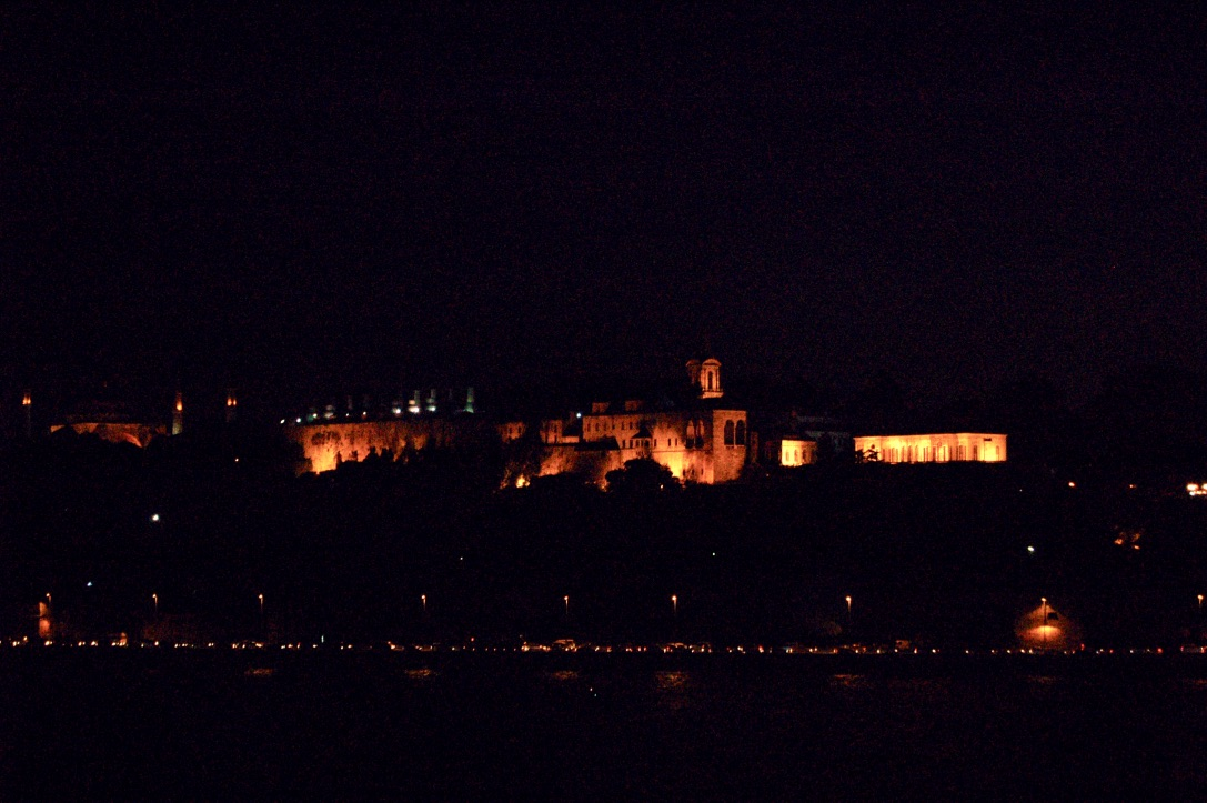 istanbul-skyline-at-night