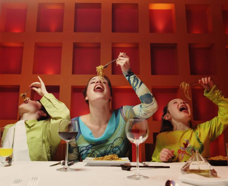 Is it ok to go to NICE restaurants with kids? | The Do's and Don'ts of eating out with kids