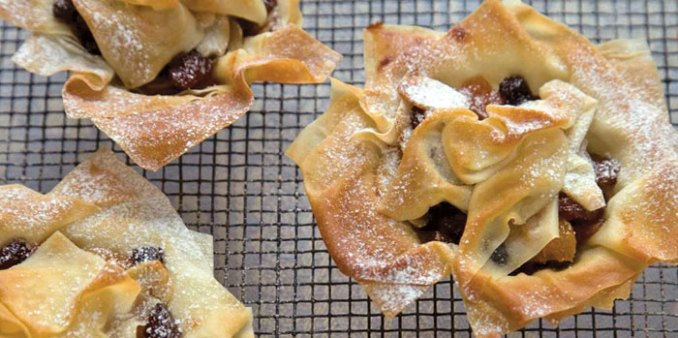 Filo Mincepies | Food, This Month's Recipes - The Moment