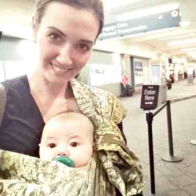 Babywearing Review: Lite-On-Shoulder Baby Sling (Great for Newbies!)