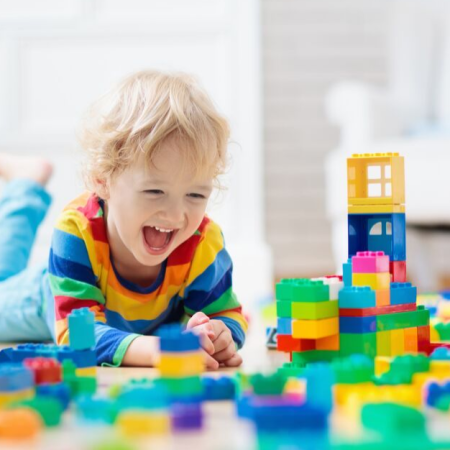Are you looking for the best toys for children with autism? Check out our comprehensive lists of toys that will both excite & be educational. #autismparenting #parentingautism #autismawareness #autismacceptance #asd #parenting