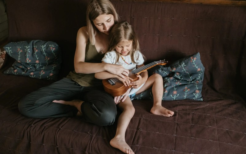 5 Types of Mom and Daughter Activities You Should Try