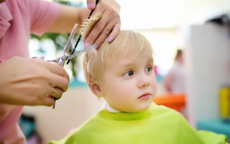 5 Amazing Tips for Surviving Your Baby's First Haircut