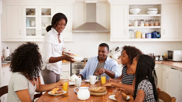 Looking for ways your family can bond?  Check out these 8 fantastic ways to get your household talking and spending time together. #parenting #parentingtips #family #bonding #familybonding