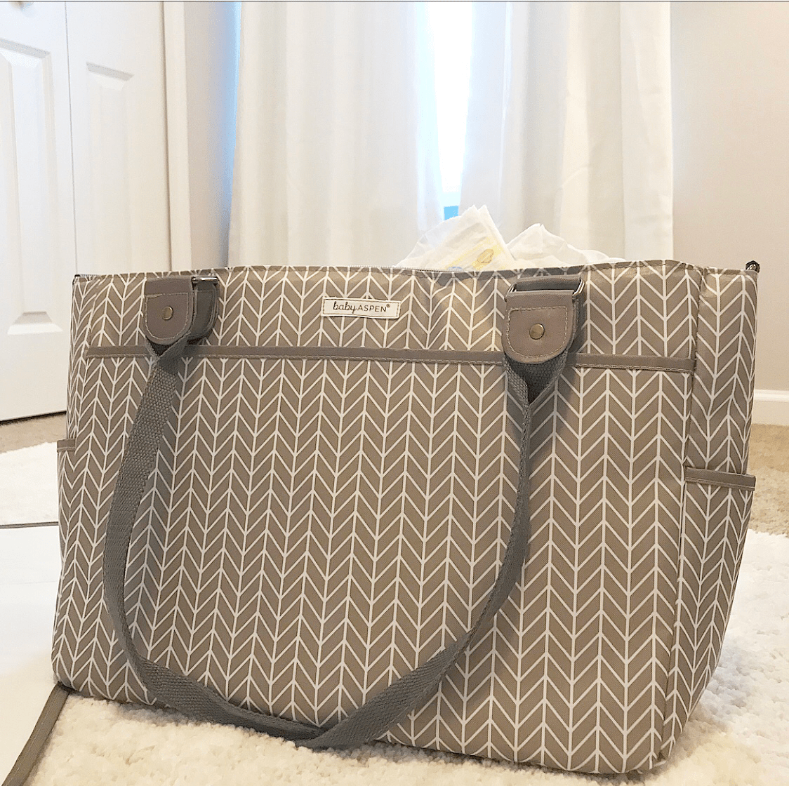 DIAPER BAG GIVEAWAY!