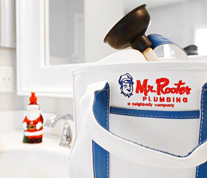 Easy DIY Home Holiday Hacks with Mr.Rooter Plumbing