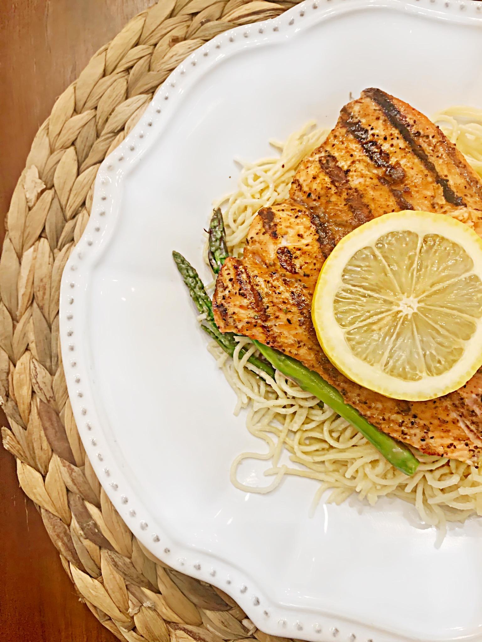 Spring-Time Creamy Lemon Pasta & Asparagus