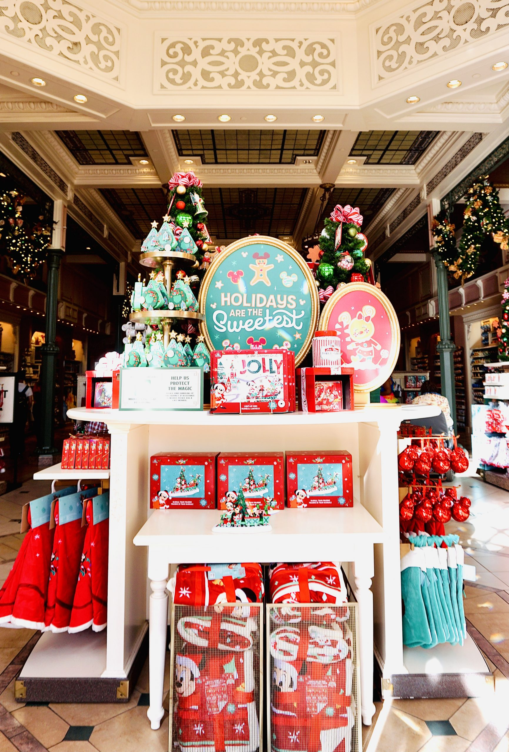 Disney Holiday Gift Guide