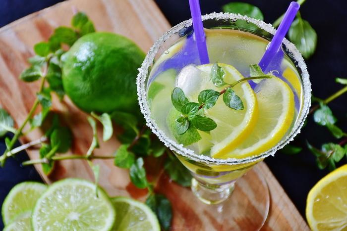 Bebida de limão