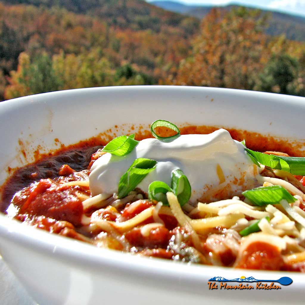 The Mountain Kitchen's Slow Cooker Chili