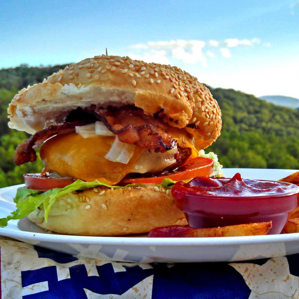 Build a Better Burger in 10 Steps {The Mountain Kitchen Tips