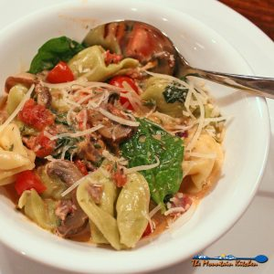 Tortellini With Spinach Tomato Cream Sauce {A Meatless Monday Recipe