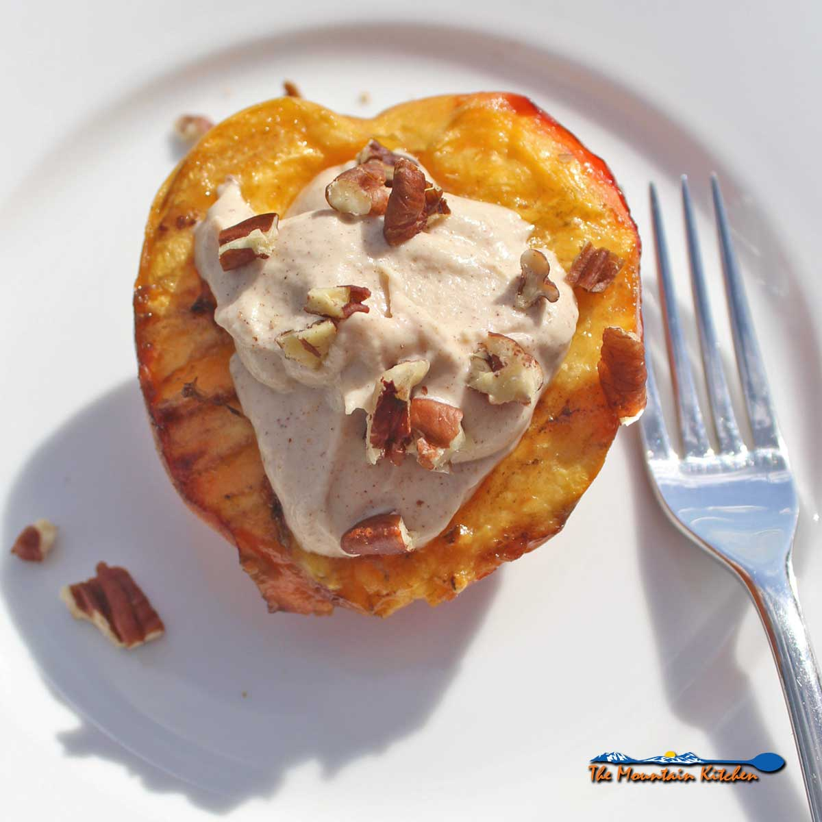 Grilled Peaches With Cinnamon Ricotta Crème