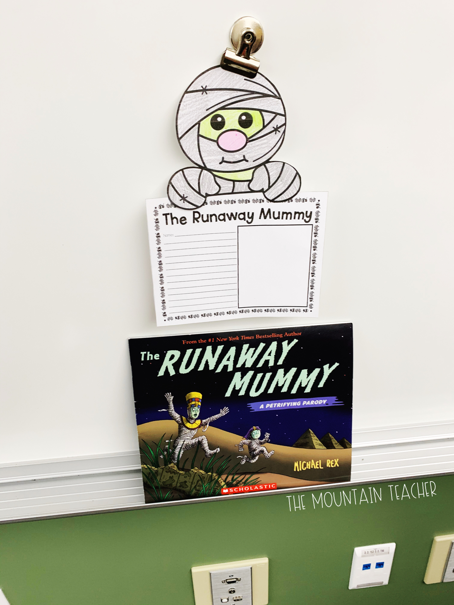 Halloween Read Alouds for Any Classroom: Runaway Mummy Activities
