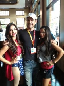 Fake Wonder Women at Comic-Con