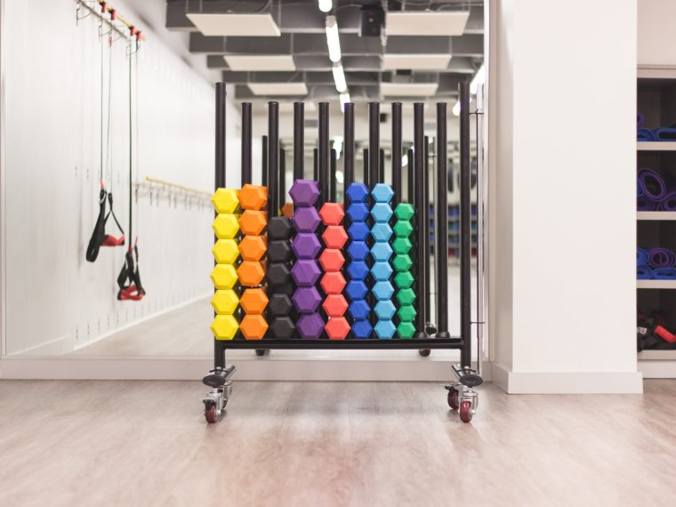 gym weights room for kickstarting weight loss