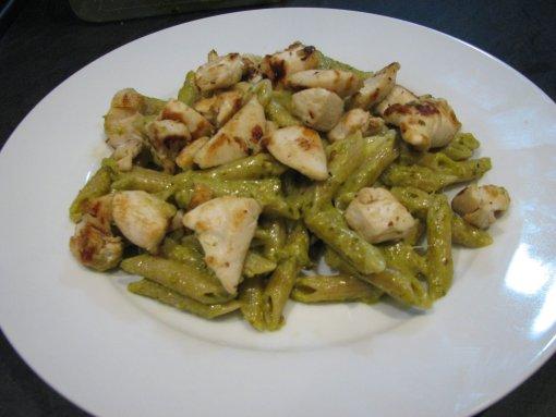 Pesto Pasta + Cheesy Chicken Recipe - The Mummy Toolbox