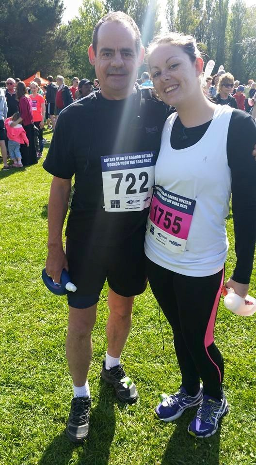 dad and I standing at the start of the bognor prom 10k in the sunshine