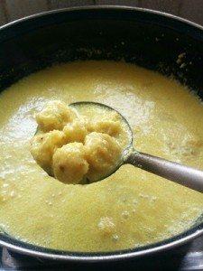 Dubki Kadhi 12. letting the pakoras boil