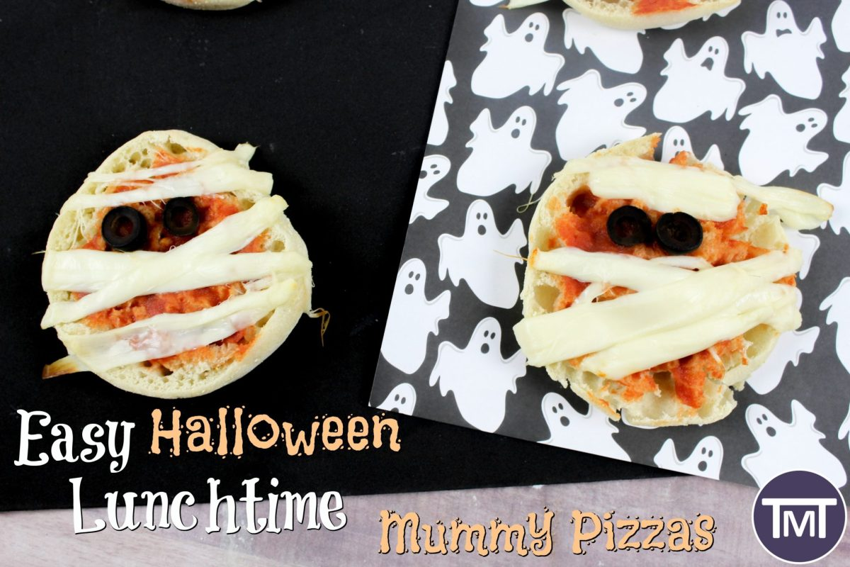 Easy Halloween Lunchtime Mummy Pizzas