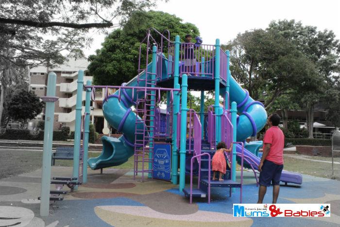 Playgroundchangihawkercentre1