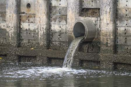 Fort Wayne, Ind.'s sewer separation project will address its current standing as the sixth most polluted city in Indiana. (Shutterstock photo)