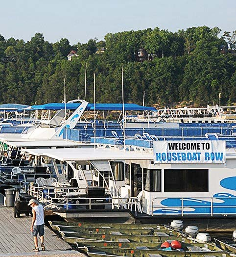 Houseboat Capital of the World' Lake Cumberland area, Ky