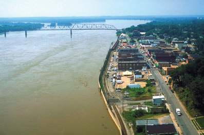 Cape Girardeau's levee system has proven benefi cial during flooding events and has been added to and reinforced over the years, most notably aft er the 1993 flood. Pictured is an overhead view of the system in 1993. (U.S. Army Corps of Engineers)