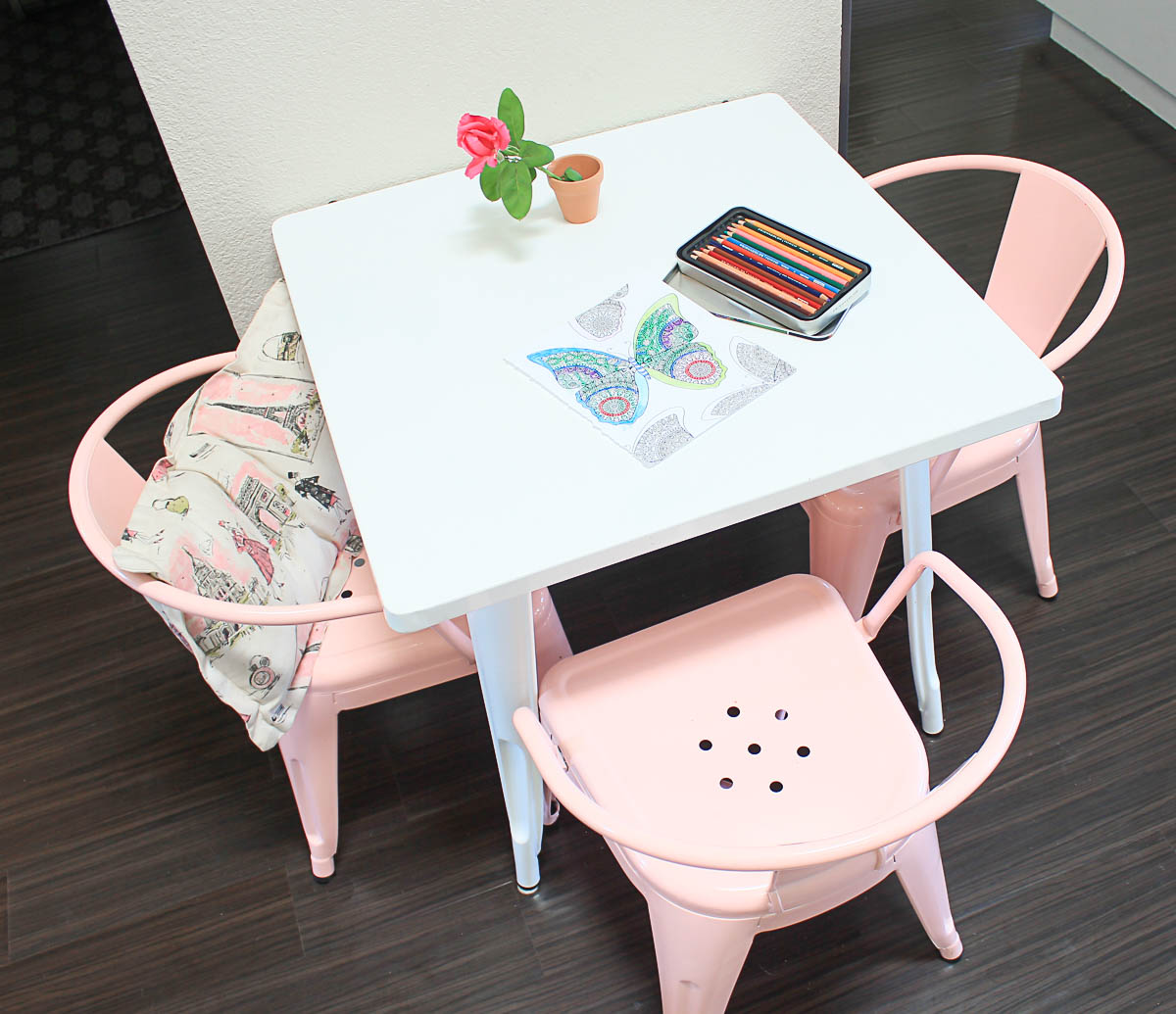 Kids Metal Table and Chairs
