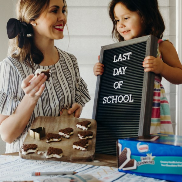 "School Party Snack Ideas + Free Printable ""When I Grow Up"" Card"