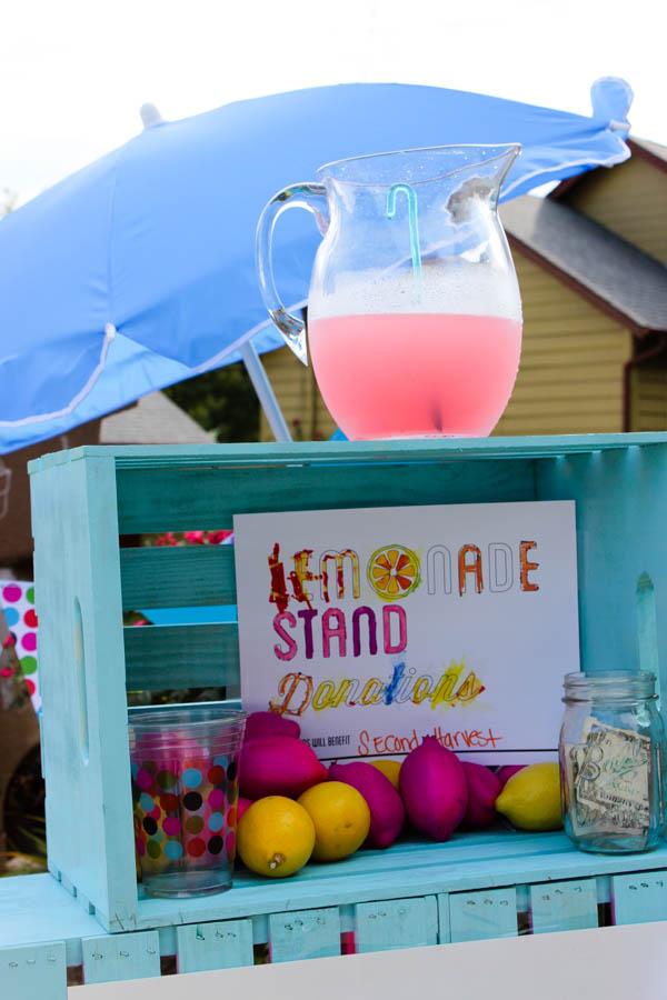 Cheeky Lemonade Stand