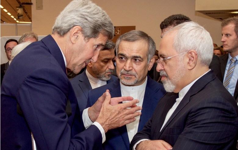 Kerry speaks with Zarif