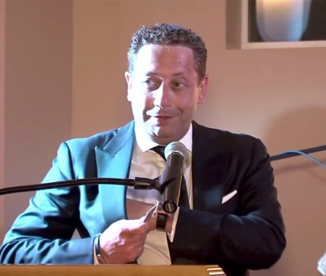 Felix Sater Speaks At The Chabad Of Port Washington In Port Washington New York In 2014 Youtube Felix Sater