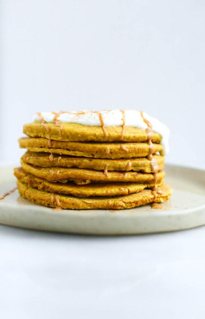 gluten-free, dairy-free, vegan, flourless, healthy, turmeric, cinnamon, breakfast, pancakes