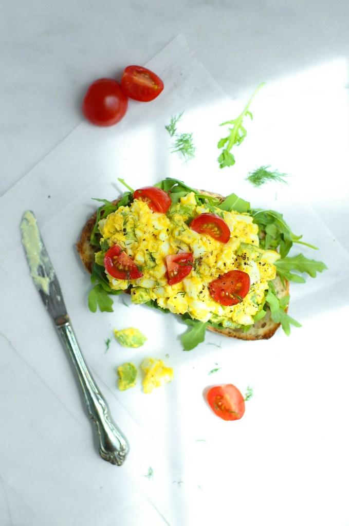 egg salad, sandwich, healthy, dill, skyr, lunch