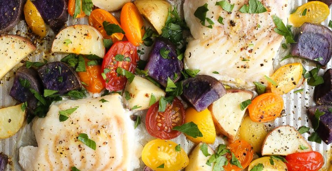 30 MINUTE ONE PAN COD & BAKED VEGETABLES