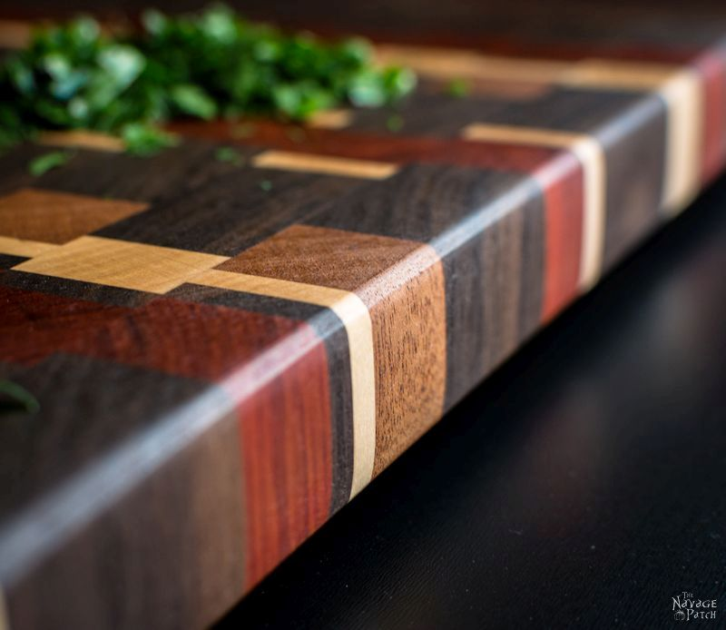 End-Grain Cutting Board Tutorial and Plans -| TheNavagePatch.com
