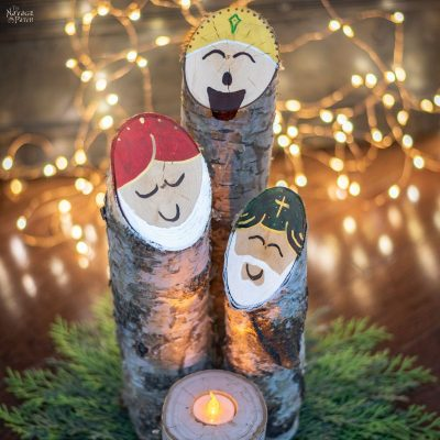 Simple birch log nativity scene | DIY Upcycled Christmas decoration | Easy 30-minute Christmas craft for kids and adults | DIY upcycled nativity decor with three wise men | #TheNavagePatch #DIY #easydiy #Kidscraft #Upcycled #Repurposed #Christmas # Nativity #Holidaydecor #DIYChristmas #sharpie #Holidays #birch | TheNavagePatch.com