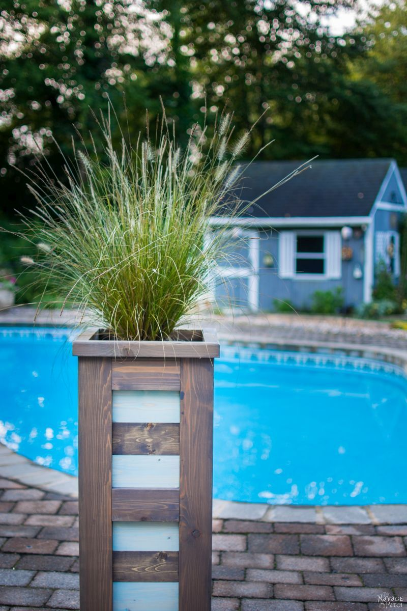 DIY Cedar Planter {with free plans} | How to build an outdoor cedar planter box | #Freeplans for #Woodplanter | DIY coastal style tall and slim planter | How to build a square wood planter | Budget friendly #DIY #planter for the perfect #CurbAppeal | TheNavagePatch.com