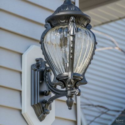 How to Add a Light Sensor to Outdoor Lanterns | DIY outdoor automated lighting | DIY ligthing automation | #DIY #Lighting #TheNavagePatch #HowTo | TheNavagePatch.com