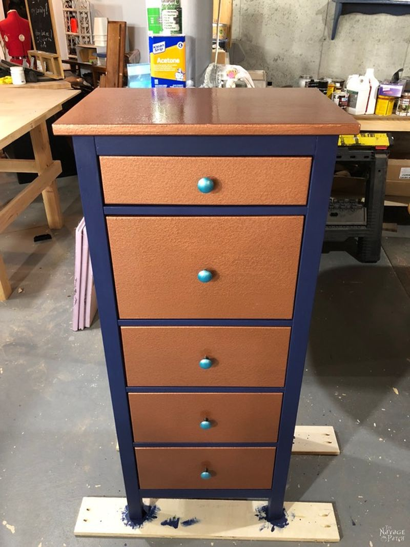A Good Idea Gone Bad: The Sad Story of a Failed IKEA Makeover | IKEA | Hemnes | Project Fails | Hammered Copper Paint | Fusion Paint | TheNavagePatch.com