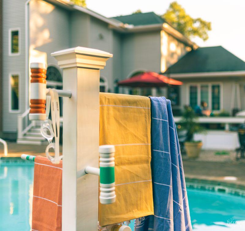 Croquet Mallet Pool Towel Rack | DIY Pool Towel Rack | DIY outdoor towel rack | Upcycled croquet set | Repurposed croquet mallets | DIY towel rack | #TheNavagePatch #DIY #easydiy #Upcycled # Repurposed #HowTo #Outdoor #Summerstyle #PaintedFurniture #Decoart #Decoartproject #myrustoleum | TheNavagePatch.com